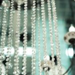 Limpeza de lustres e pendentes de cristal
